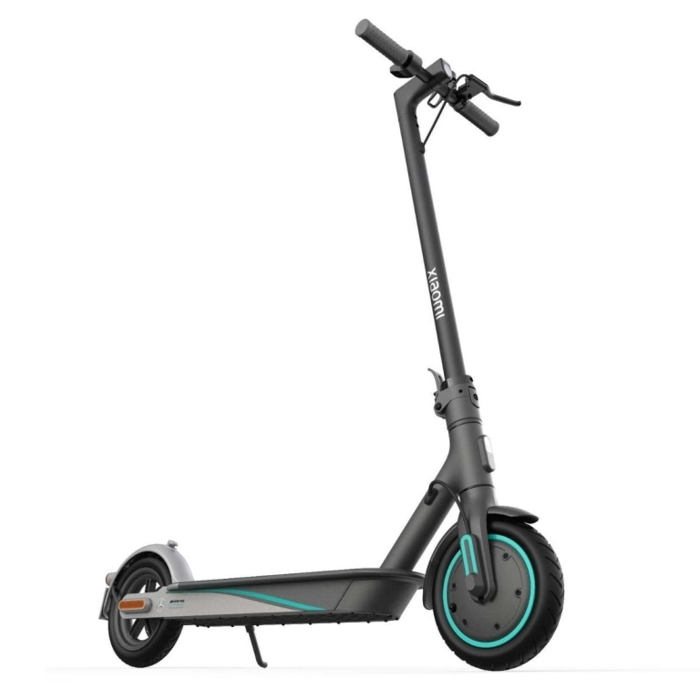 Mi Electric Scooter Pro 2 - Mercedes AMG Petronas F1 Team Edition